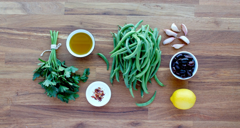 paleo green beans with olive vinaigrette