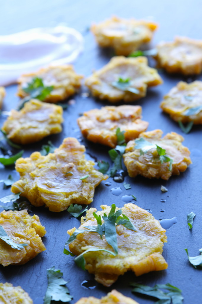 garlic tostones with chipotle aioli