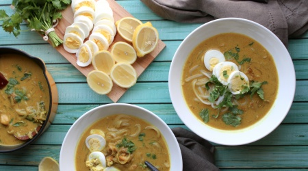 Burmese Chicken Noodle Soup