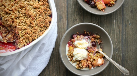 Easiest Fruit Crumble / Crisp (egg-free, grain-free)