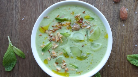 Green Gazpacho with grapes and almonds