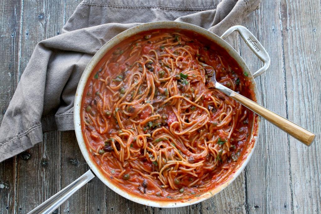 one skillet pasta puttanesca