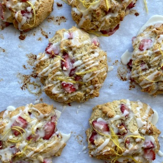 strawberry drop biscuits