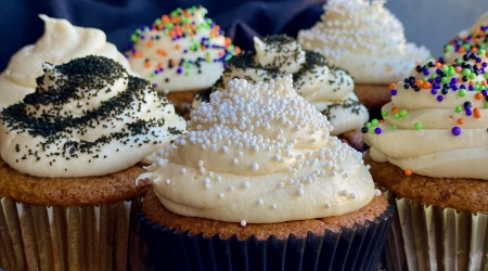 Perfect Pumpkin Spice Cupcakes with Cream Cheese Frosting